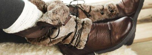 ... eller måske i de her lune støvler .... :-)